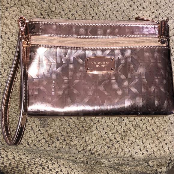 7234d714f012 MICHAEL Michael Kors Bags | Michael Kors Jet Set Rose Gold Wristlet ...